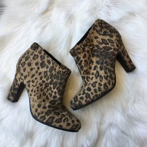 Sam & Libby Leopard Animal Print Booties Boots 10